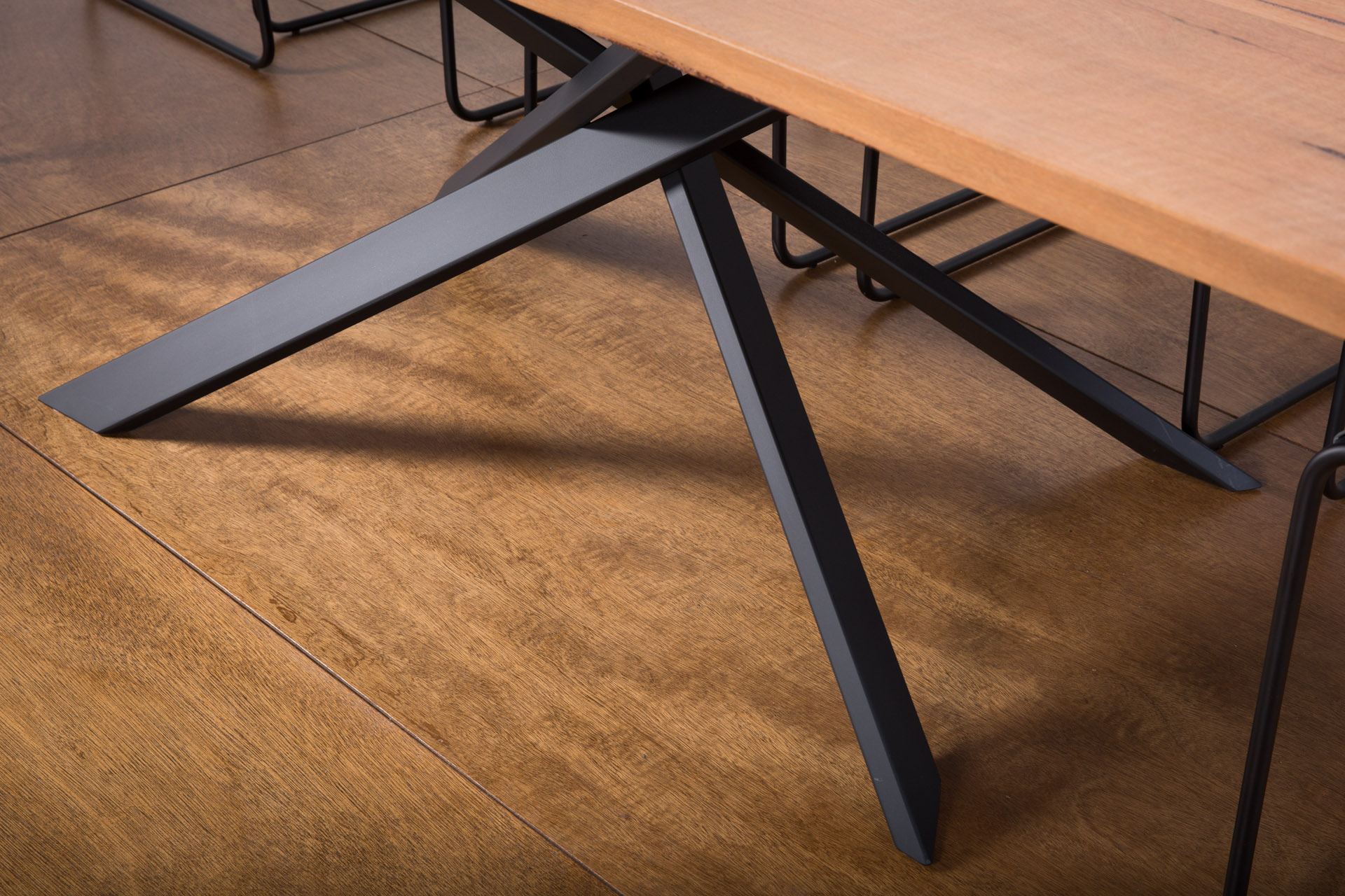 Lecco Dining Table